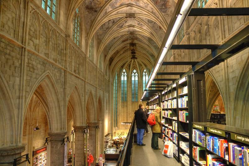 Boekhandel Dominicanen - Maastricht (Paesi Bassi) 01 - Lande Incantate