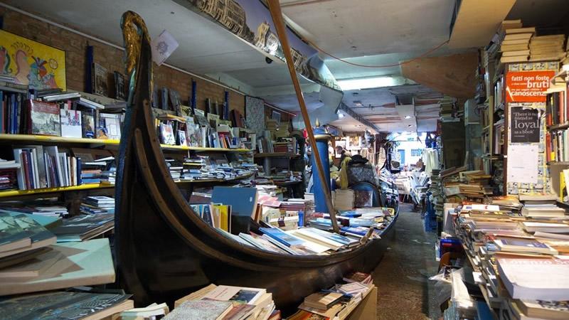 Libreria Acqua Alta - Venezia 01 - Lande Incantate