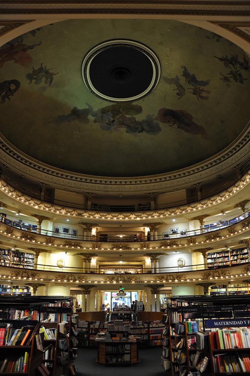 Libreria El Ateneo - Buenos Aires 02 - Lande Incantate