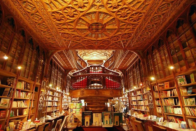 Livraria Lello - Porto (Portogallo) 01 - Lande Incantate