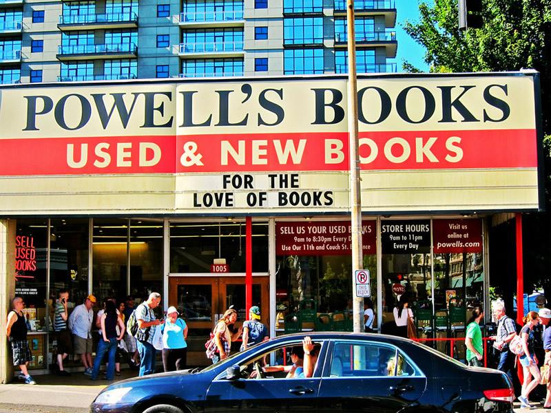 Powell Books - Portland 01 - Lande Incantate
