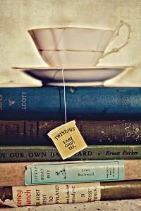 Libri con tea - Lande Incantate