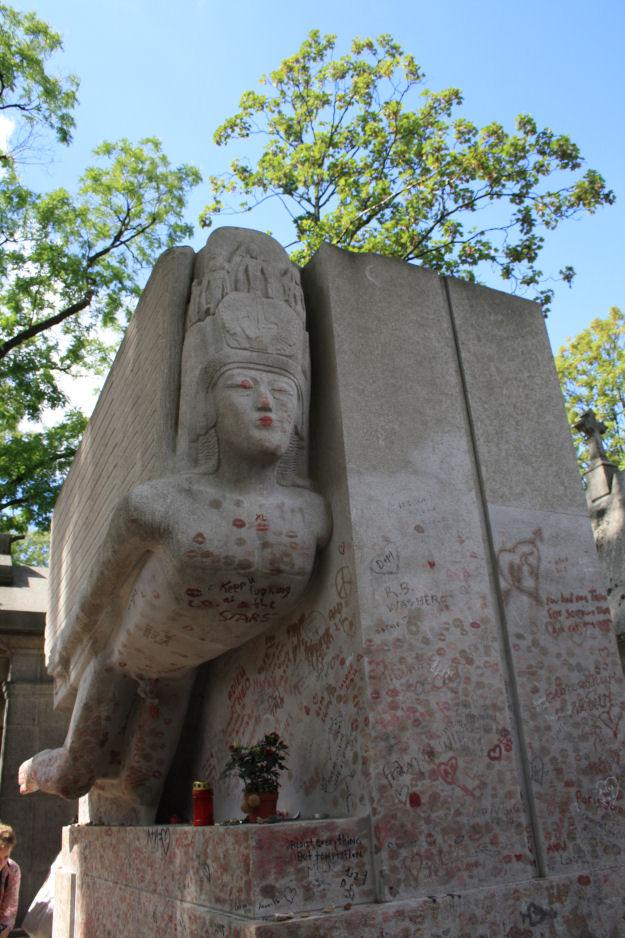 tomba di Oscar Wilde - Lande Incantate