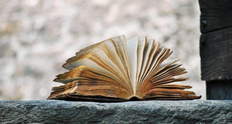 Meglio scrivere un racconto o un romanzo?
